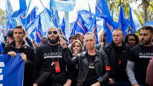 Des syndicats de policiers, le 2 octobre 2019, à Paris. (EMERIC FOHLEN / AFP)
