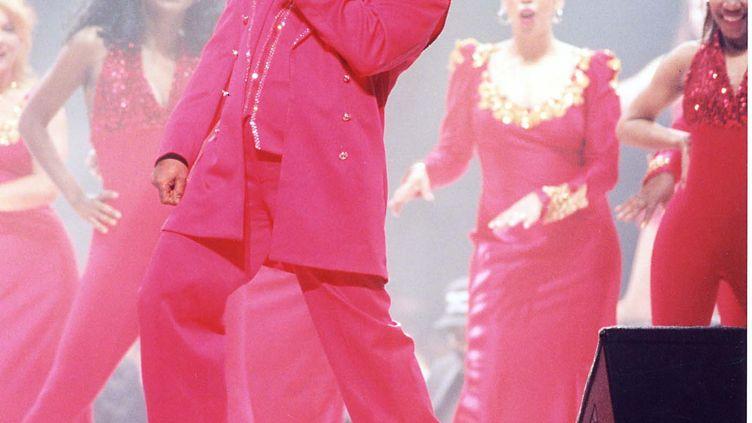 James Brown, lors de son concert au Super Bowl, en 1997, à La Nouvelle-Orléans. (JEFF KRAVITZ / FILMMAGIC, INC)