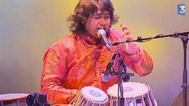 Amrat Hussain, du jazz aux percussions du Rajastan  (Culturebox)
