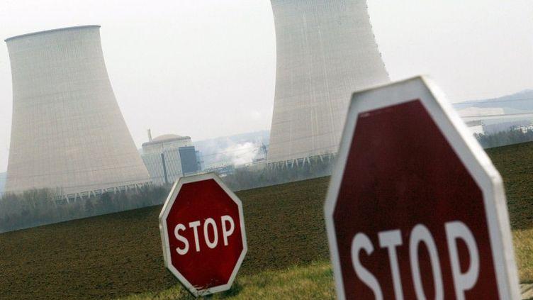 La centrale nucléaire de Nogent-sur-Seine (Aube), le 22 février 2006. (ALAIN JULIEN / AFP)