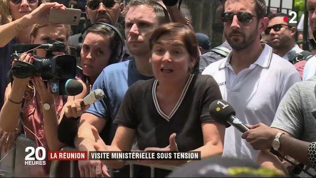 La Réunion: une visite ministérielle sous tension