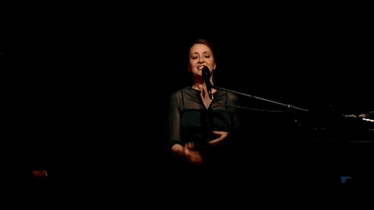 Catherine Ringer est sur les route avec les deux musiciens argentins du Gotan Project  (France 3 / Culturebox)