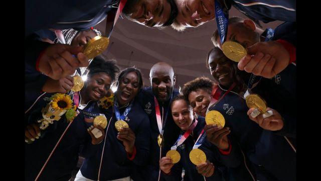 Les Bleus obtiennent l'or à l'épreuve mixte de judo ! Ils s'imposent face à des Japonais pourtant à domicile. Retour sur ce parcours extraordinaire.