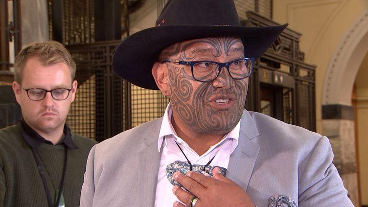 Le député Maori au parlement néo-zélandais Rawiri Waititi, le 9 février 2021. (- / TVNZ)