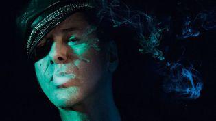 """Etienne Daho sur la pochette de son nouvel album, """"Blitz"""". (Pari Dukovic)"""