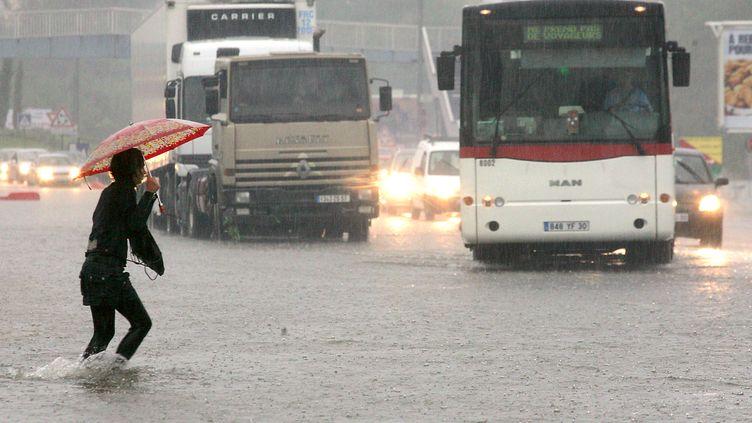 Inondations à Nîmes en septembre 2005 (BORIS HORVAT / AFP)