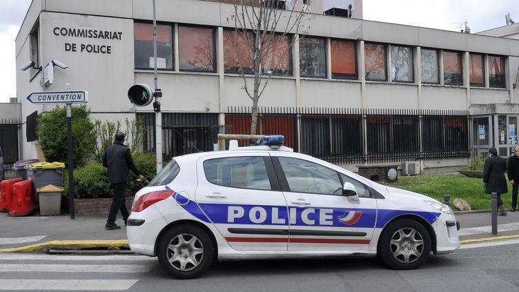 Une voiture de police aux Lilas (Seine-Saint-Denis), le 28 mars 2017. (SERGE ATTAL / ONLY FRANCE / AFP)