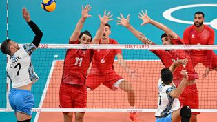 La France affronte l'Argentine aux Jeux de Tokyo. (ANDREJ ISAKOVIC / AFP)