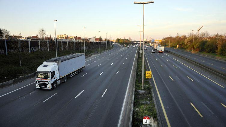 L'autoroute A3 au niveau de Romainville (Seine-Saint-Denis), le 27 mars 2020. (HARRY FLEX / ONLY FRANCE / AFP)