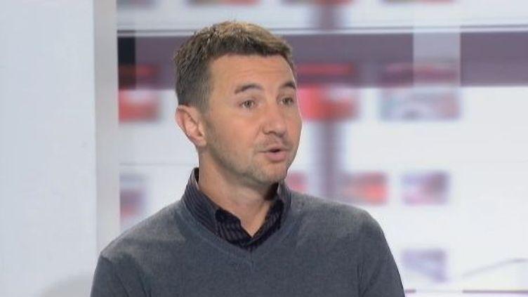 """Olivier Besancenot, le 13 février 2012 sur France 2 dans l'émission les """"4 Vérités"""". (FTVI / FRANCE 2)"""