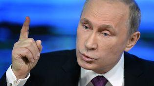Le président russe, Vladimir Poutine, lors de sa conférence de presse annuelle, à Moscou (Russie), le 18 décembre 2014. (ALEXANDER NEMENOV / AFP)