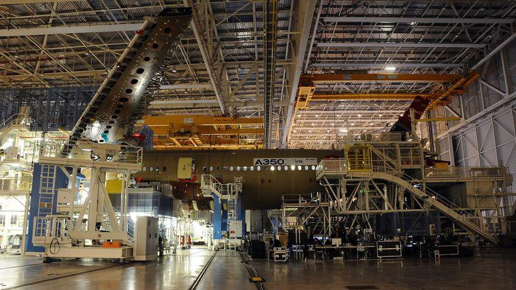 L'usine Airbus à Toulouse (Haute-Garonne). (REMY GABALDA / AFP)
