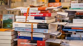 """Pendant le confinement, la librairie """"Les Sandales d'Empédocle"""" à Besançon (Doubs) proposait un service de """"click and collect"""". (JEAN-FRANÇOIS FERNANDEZ / FRANCE-BLEU BESANÇON)"""