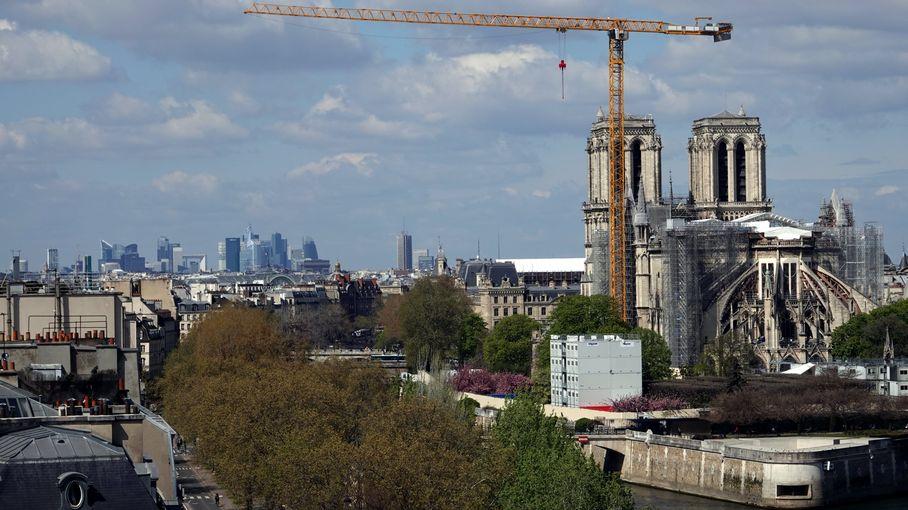 """Chantier de Notre-Dame : """"Nous tiendrons le délai"""" de la réouverture en 2024, assure le général Georgelin"""