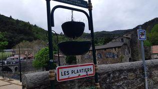 Le village des Plantiers, dans les Cévennes, où a eu lieu le double homicide. (GRÉGORY JULLIAN / FRANCE-BLEU GARD LOZÈRE)