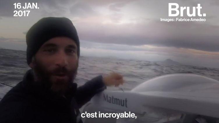 """VIDEO. """"J'ai eu envie de partir me confronter à moi-même"""" : De journaliste à skipper, il raconte son changement de vie (BRUT)"""