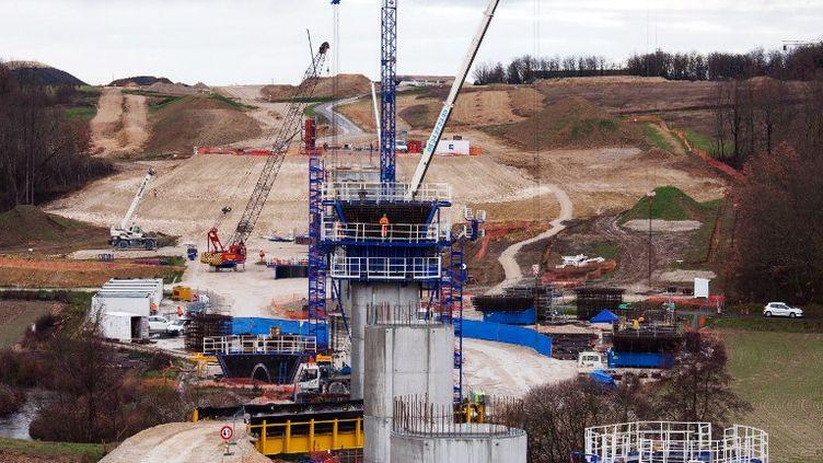 Le chantier de la LGV Tours-Bordeaux, à Roullet-Saint-Estephe, le 4 février 2013. (PIERRE DUFFOUR / AFP)