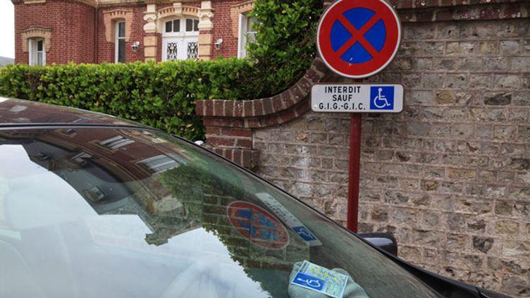 (Cette mesure va faciliter la vie des titulaires de la carte de stationnement © MaxPPP)