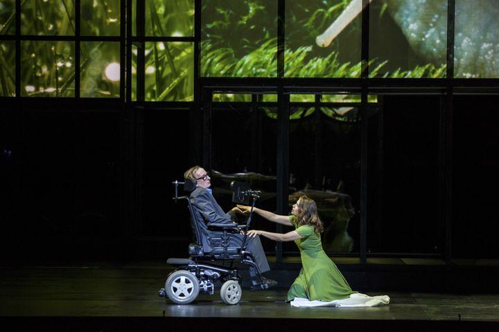 Sophie Koch (Marguerite) et le danseur et chorégraphe Dominique Mercy  (Felipe Sanguinetti / OnP)