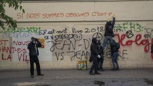 Dans les rues de Paris, le 1er mai 2018. (GUILLAUME PINON / NURPHOTO)