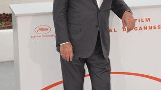 Alain Delon le 19 mai à Cannes où il a reçu une Palme d'or d'honneur. (JACKY GODARD / PHOTO 12)