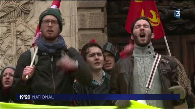 Loi El Khomri : les étudiants mobilisés