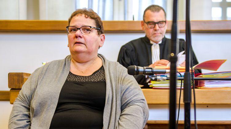 Dominique Cottrez au premier jour de son procès, le 25 juin 2015, devant la cour d'assises du Nord à Douai. (PHILIPPE HUGUEN / AFP)