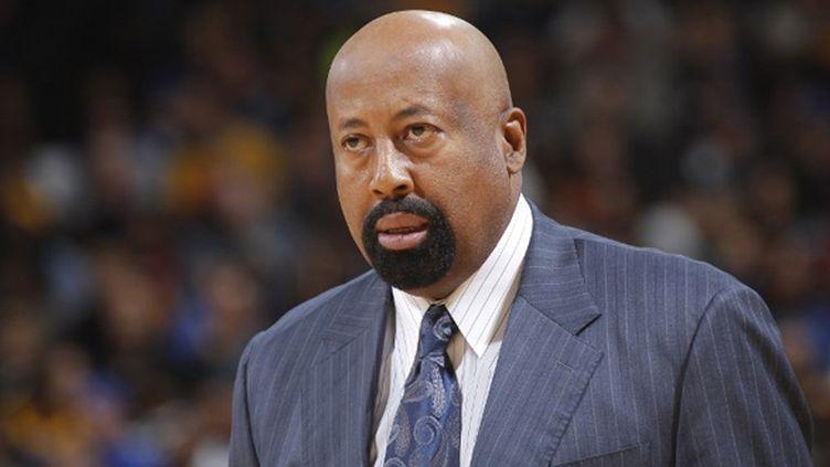 Mike Woodson n'est plus l'entraîneur des Knicks (ROCKY WIDNER / NBAE / GETTY IMAGES)