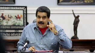 Le président vénézuélien Nicolas Maduro s'exprime depuis le palais présidentiel à Caracas, le 13 mai 2016. (MARCELO GARCIA / PRESIDENCIA VENEZUELA / AFP)
