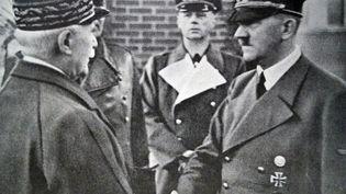 Philippe Pétain et Adolf Hitler, le 24 octobre 1940 àMontoire-sur-le-Loir (Loir-et-Cher). (ANN RONAN PICTURE LIBRARY / ANN RONAN PICTURE LIBRARY / AFP)