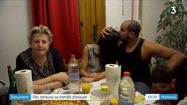 Document : elle retrouve sa famille d'accueil grâce à la télévision