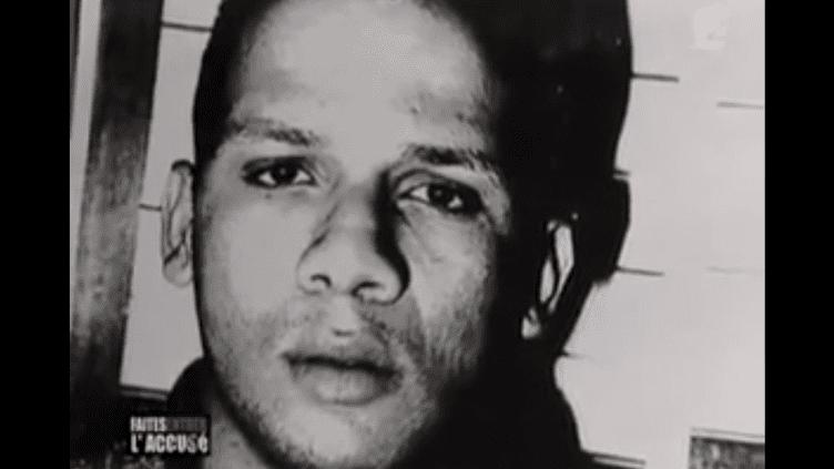 """Une photo d'Abdelhakim Dekhar prise dans les années 90 et diffusée dans un numéro de l'émission """"Faites entrer l'accusé"""", sur France 2,en 2003. (FRANCE 2)"""