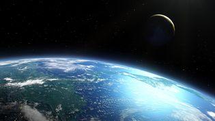 La Terre et la Lune photographiées par satellite, le 28 mai 2019. (MARK GARLICK/SCIENCE PHOTO LIBRA / MGA)