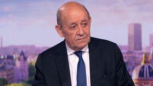"""Crise des sous-marins : Jean-Yves Le Drian dénonce une """"rupture majeure de confiance"""". (FRANCE 2)"""
