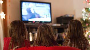 Pendant les vacances de Noël, les chaînes de télévision tentent de séduire le jeune public en proposant de nombreux films d'animation. (GETTY IMAGES / FLICKR RF)