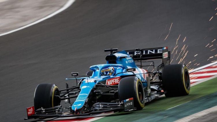 Le pilote Fernando Alonso lors du Grand Prix d'Hongrie, le 30 juillet 2021. (ANTONIN VINCENT / ANTONIN VINCENT / DPPI via AFP)