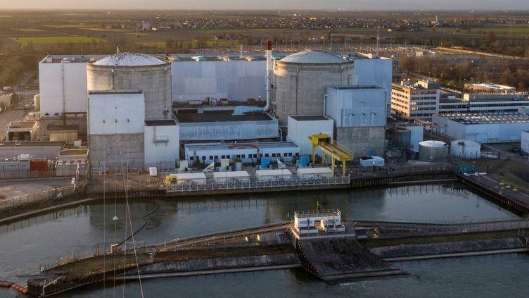 La centrale nucléaire de Fessenheim, dans le Haut-Rhin, le 20 février 2020. (SEBASTIEN BOZON / AFP)