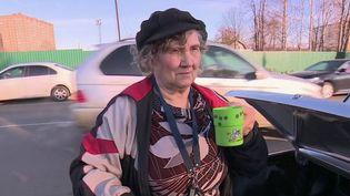 Alors qu'on débat en France des retraites, il n'y a pas de limite d'âge en Russie. Les pensions sont si basses que beaucoup travaillent au-delà de 80 ans. (France 2)