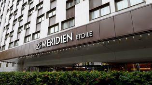 L'entrée du Méridien Etoile, le 16 novembre 2016, à Paris. (ERIC PIERMONT / AFP)