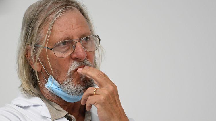 Le professeur Didier Raoult, à Marseille, le 27 août 2020. (CHRISTOPHE SIMON / AFP)