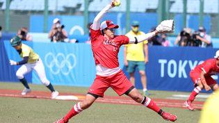 L'équipe féminine du Japon affrontait l'Australie en softball pour la première épreuve officielle des Jeux olympiques de Tokyo, mercredi 21 juillet 2021. (TAKUYA YOSHINO / YOMIURI / AFP)
