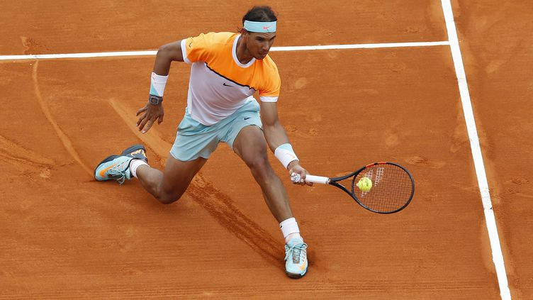 Rafael Nadal sur sa surface de prédilection (VALERY HACHE / AFP)