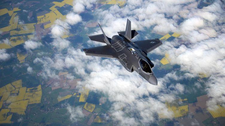Un F-35 en vol. (CHRISTINE GROENING / US AIR FORCE)