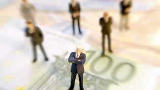 Le gouvernement prépare une loi destinée à encadrer les rémunérations des patrons du secteur privé, plus compliquée à mettre en œuvre que dans le public. (MICHAELA BEGSTEIGER / GETTY IMAGES)