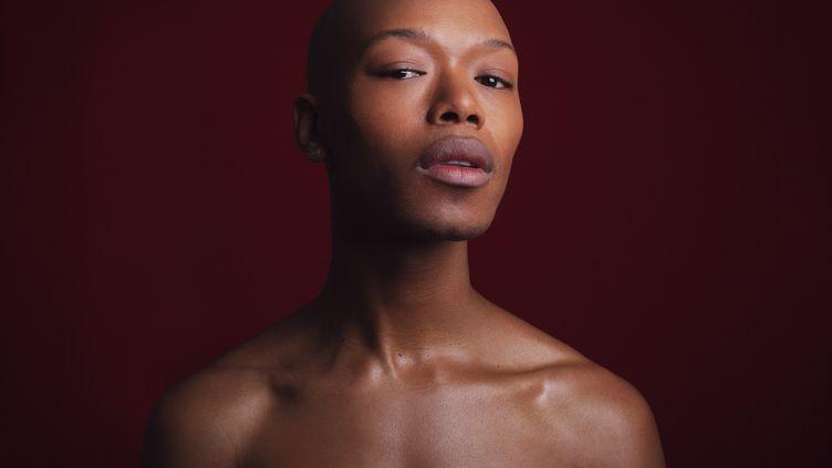 "Le Sud-Africain Nakhane sort son deuxième album, ""You Will Not Die"". (Tarryn Hatchett)"