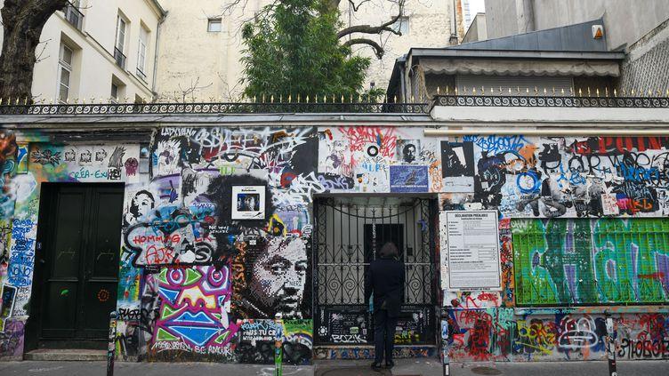 La maison de Serge Gainsbourg dans le 7e arrondissement de Paris, photographiée le 19 fébvrier 2021. (JEROME LEBLOIS / HANS LUCAS)