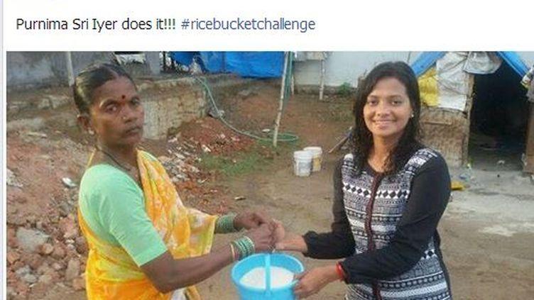 """Capture d'écran d'une photo partagée par la page Facebook du """"Rice Bucket Challenge"""", le 24 août 2014. (RICE BUCKET CHALLENGE / FACEBOOK / FRANCETV INFO)"""