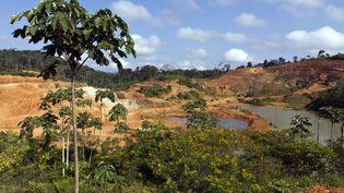 Une vue du site minier aurifère de Yaou à Maripasoula en Guyane, le 17 septembre 2011. (JODY AMIET / AFP)