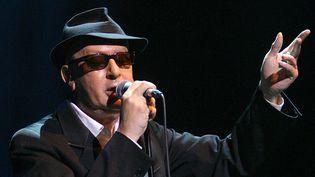 """Alain Bashung lors de l'un de ses quatre concerts à l'Olympia en juin 2008 pour la sortie de son dernier album """"Bleu pétrole"""".  (Villard / SIPA)"""