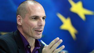 Le ministre des Finances grec,Yanis Varoufakis, en conférence de presse, le 4 mars 2015, à Athènes (Grèce). (LOUISA GOULIAMAKI / AFP)